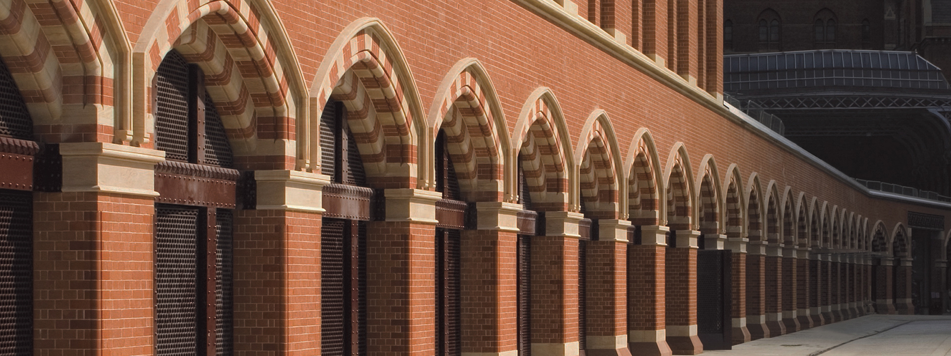 Paramount Pointing - Brickwork